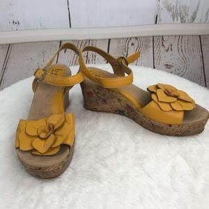 boc yellow flower wedge sandal